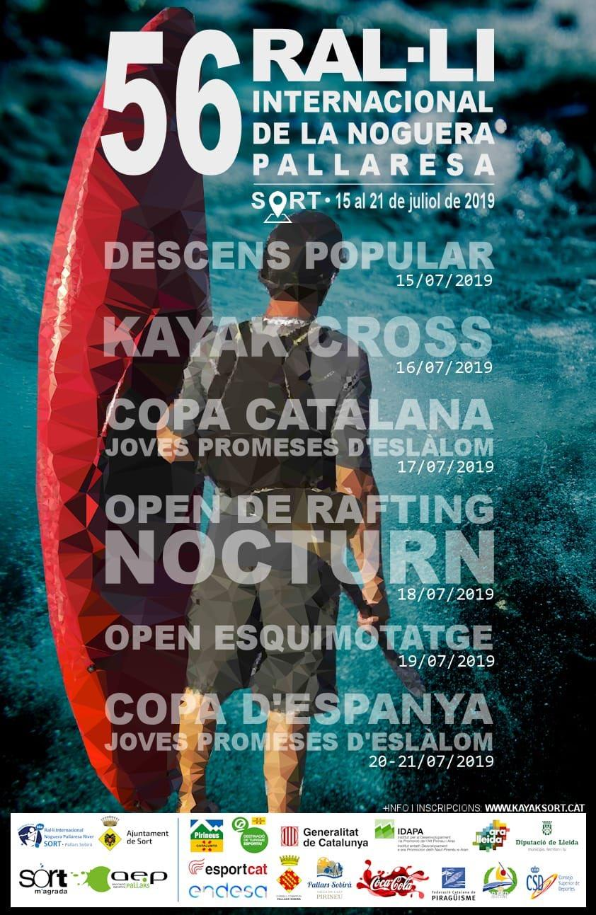 Poster 56 Ral·li Internacional de la Noguera Pallaresa. Foto d'un noi aguantant un kayak amb el programa sobreimprés.